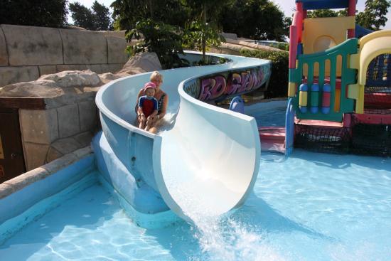 Paphos Aphrodite Waterpark: Прокатились!