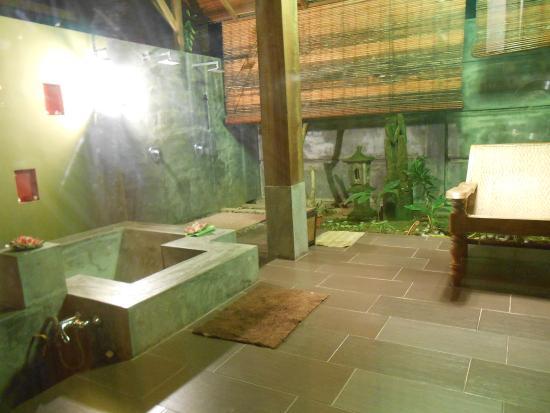 Alun Alun Spa: Interno spa