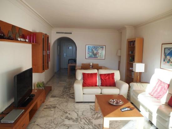 Coral beach aparthotel bewertungen fotos marbella for Appart hotel 37