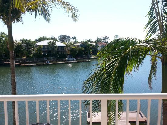Portside Noosa Waters Resort : Noosa river view from varandah