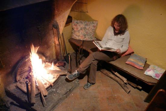 Ca de Corral : La habitación del fuego, un lugar encantador