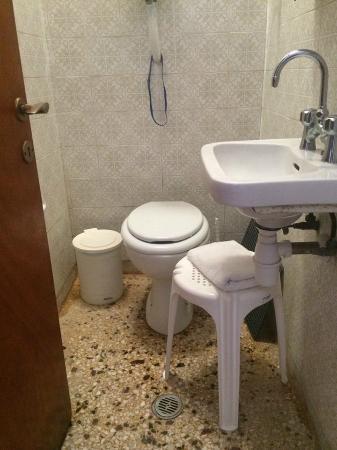 "Renetta: το""μπάνιο¨"""