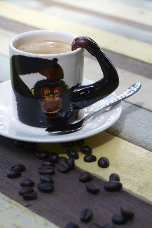 Monkey Biziness Cafe - Koh Lanta : Coffee shot!