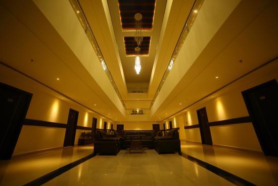 Hotel Suraj Grand