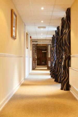 Dunchurch Park: Newly refurbished Corridors in Rochford Court