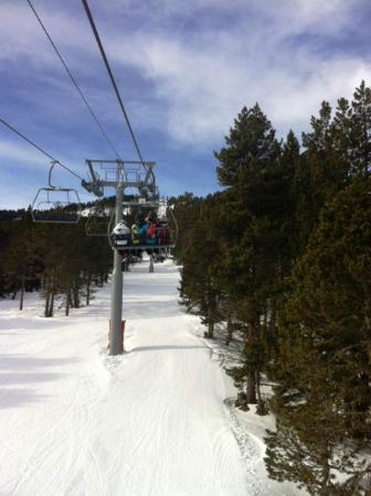 Chalet Pomme de Pin: un peu de ski ?