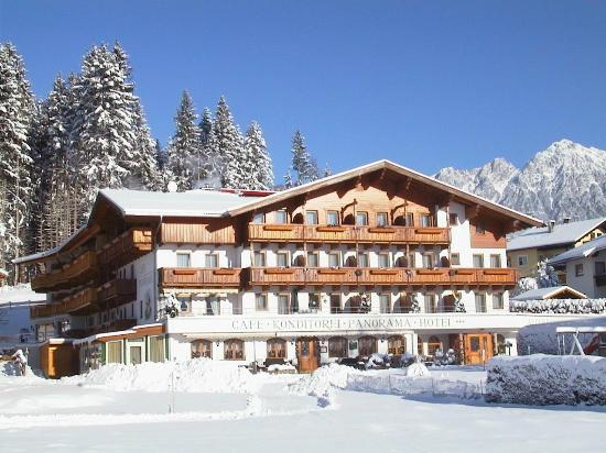 Hotel Alpenpanorama : Winteransicht