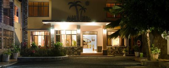 Bujumbura Mairie Province, Burundi: une vue de l'entrée principale de l'hôtel