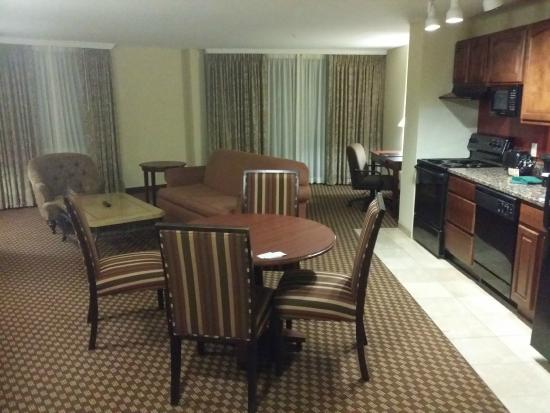 Clarion Collection Hotel Arlington Court Suites: The view when I walked into 713