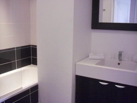 Lagrange City Apart'Hôtel Lyon Lumière: Casa de banho