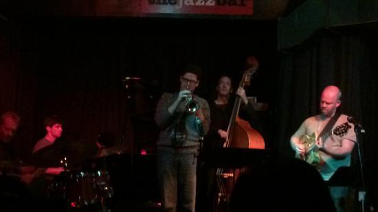 The Jazz Bar: Chello