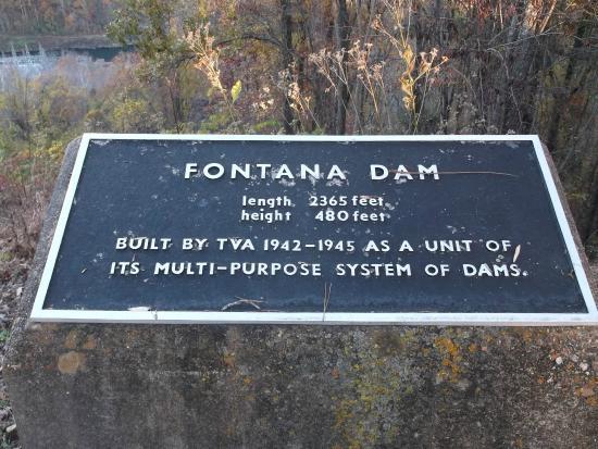 Fontana Lake: Fontana Dam Nov.2014