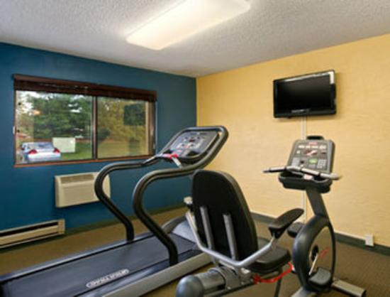 Motel 6 Grand Rapids - Airport: Fitness Center