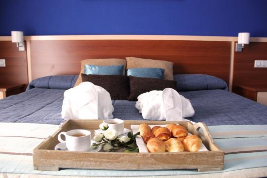 Hotel Sun Palace Albir Lounge & Spa: Habitación Premium