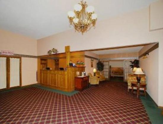 Days Inn Hutchinson: Lobby