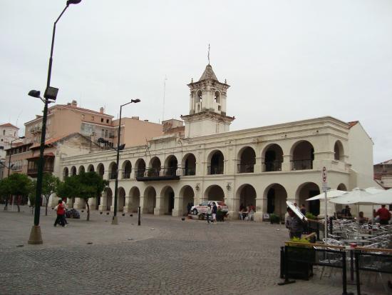 Foto di plaza 9 de julio salta for Comedor 9 de julio salta