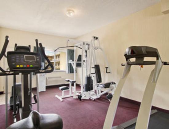 Days Inn Waynesboro: Fitness Centre