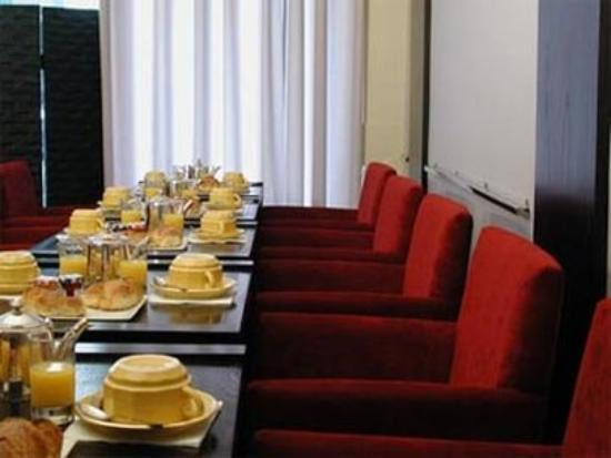 Tonic Hotel Louvre: Restaurant
