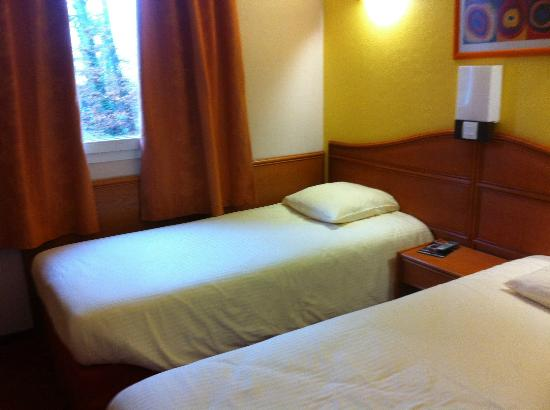 Hotel Roi Soleil - Amneville: LIT