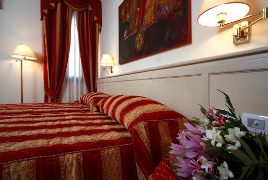 Bella Venezia: Guest Room
