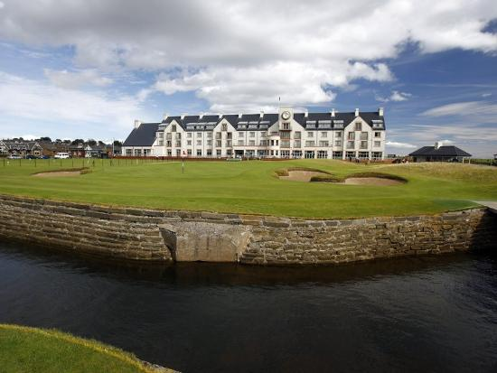 ‪‪Carnoustie Golf Course Hotel‬: Exterior‬