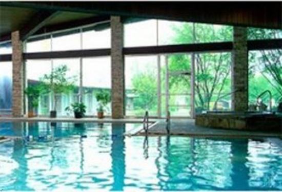 Sherrodsville, OH: Indoor Pool