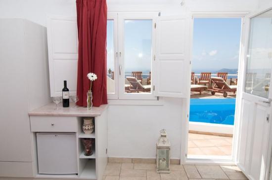 Villa Ilias Caldera Hotel: Standard Room-s Interior