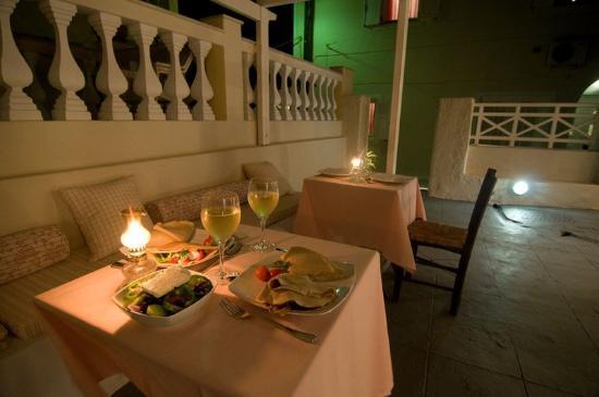 Villa Ilias Caldera Hotel : Dinner