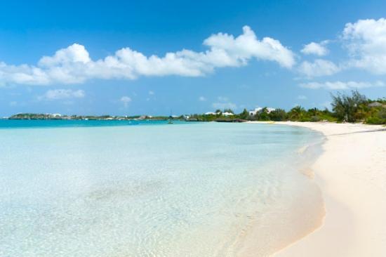 Breezy Palms Villa: Sapodilla Bay (2 minutes away)