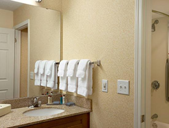 Hawthorn Suites by Wyndham Grand Rapids, MI: Guest Room