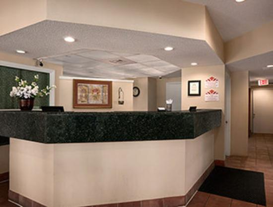 Hawthorn Suites by Wyndham Grand Rapids, MI: Lobby