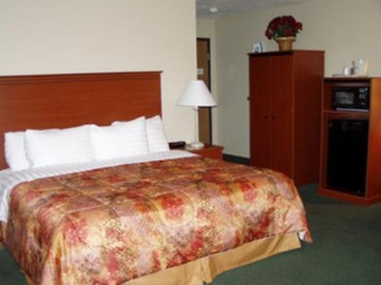 Ladysmith Motel and Suites: King Whirlpool