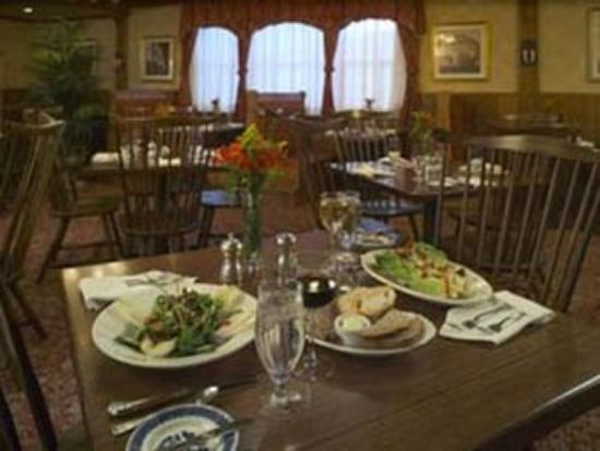 Inn at Middletown: Dining