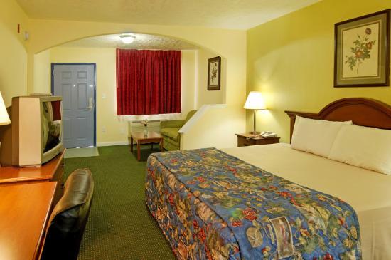 Americas Best Value Inn & Suites - Waller/Houston : MiniSuite