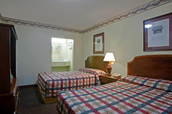 Value Inn Motel - Knoxville / Chilhowie: Guest Room