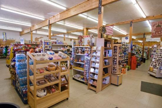 Americas Best Value Inn & Suites-Bryce Valley: Store