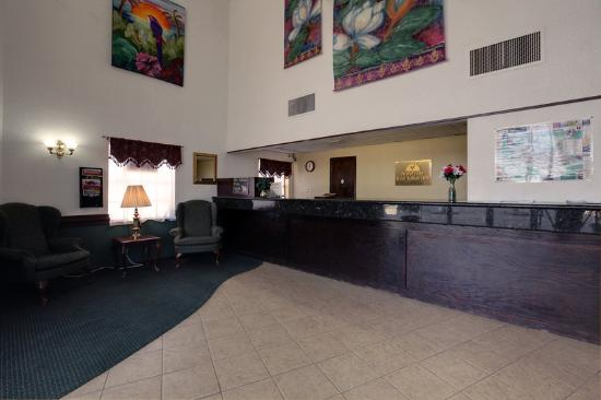 Americas Best Value Inn : Lobby2