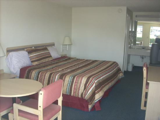 Americas Best Value Inn Ardmore/Elkton: Guest Room