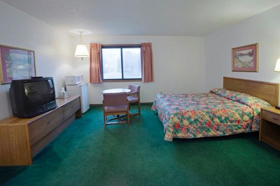 ฟินเลย์สัน, มินนิโซตา: Queen Room
