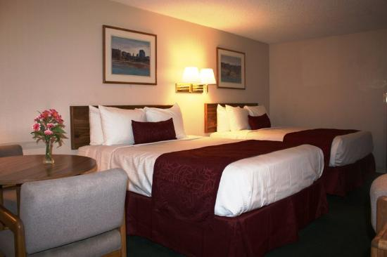 Americas Best Value Inn- Grand Junction : Two_Queen_Beds2