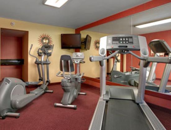 Days Inn Bordentown: Fitness Center