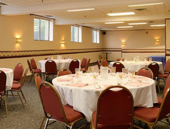 Days Inn Hillsborough: Meeting Room