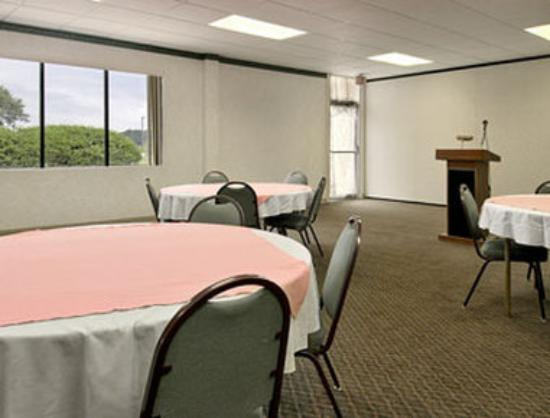 Days Inn Easton: Meeting Room