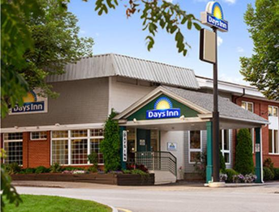 Photo of Days Inn Dover Durham/Downtown