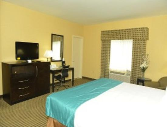 Days Inn Hamden: Guest Room