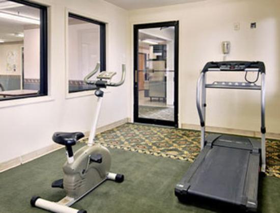 Days Inn Mount Vernon: Fitness Centre