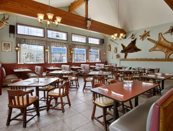 Days Inn West Yellowstone: Trappers Restaurant