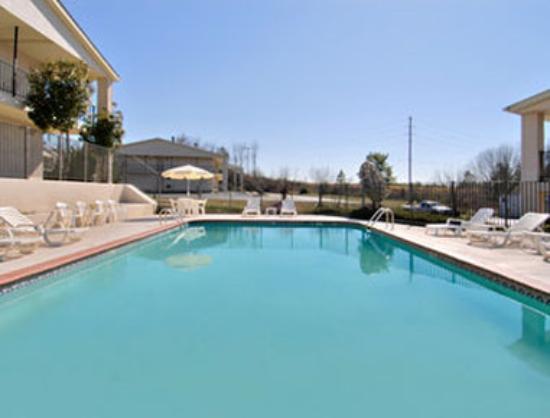 Days Inn Athens College : Pool