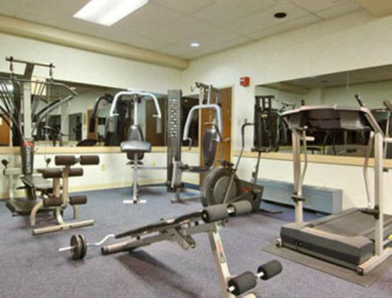 Days Inn Chester Philadelphia Airport: Fitness Center