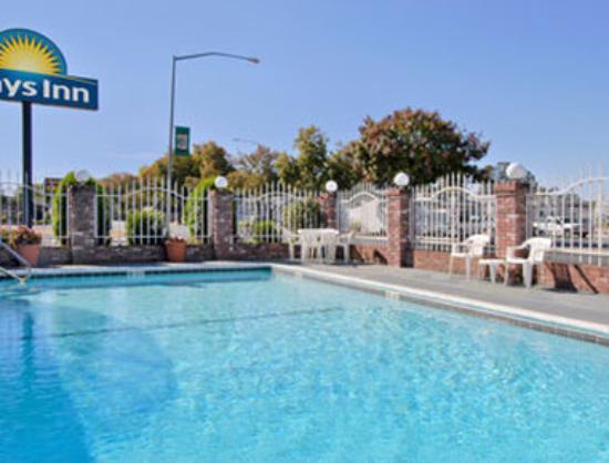 Days Inn Oroville: Pool